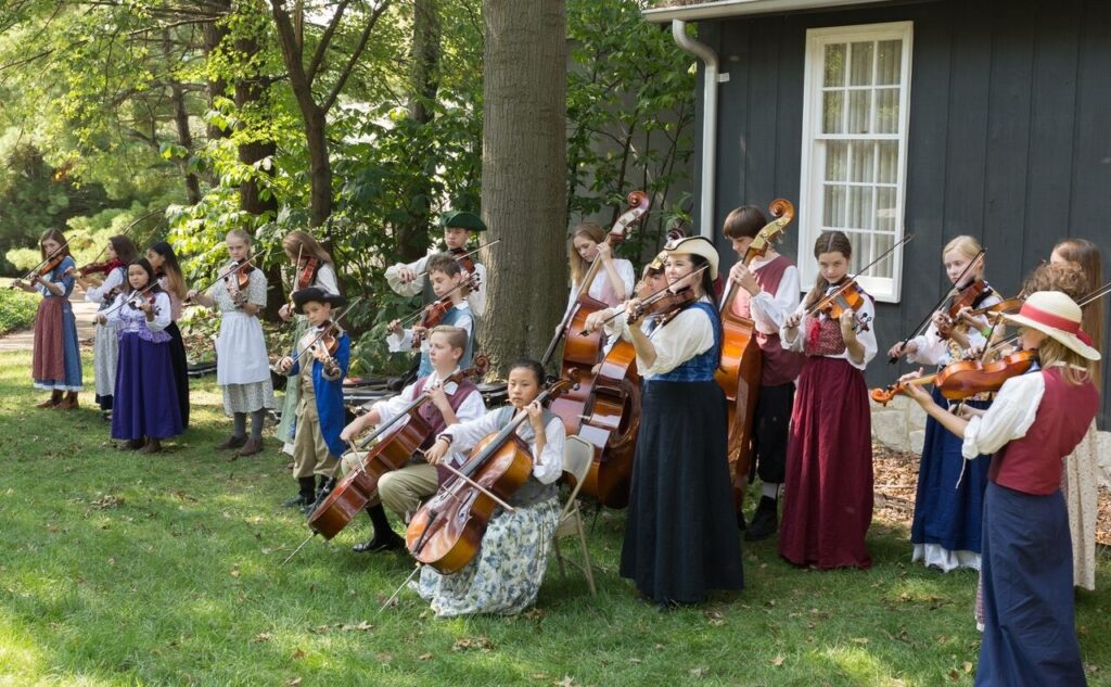 This image has an empty alt attribute; its file name is PioneerLindberghFiddlers-1024x633.jpg